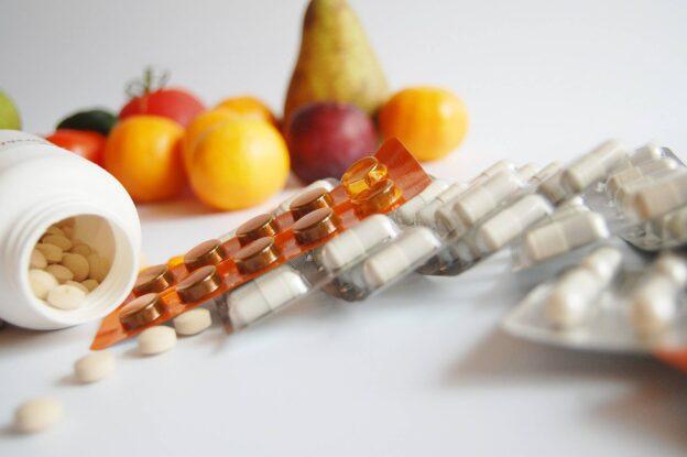 Pot unele suplimente alimentare si medicamente naturiste inlocui medicamentele clasice?